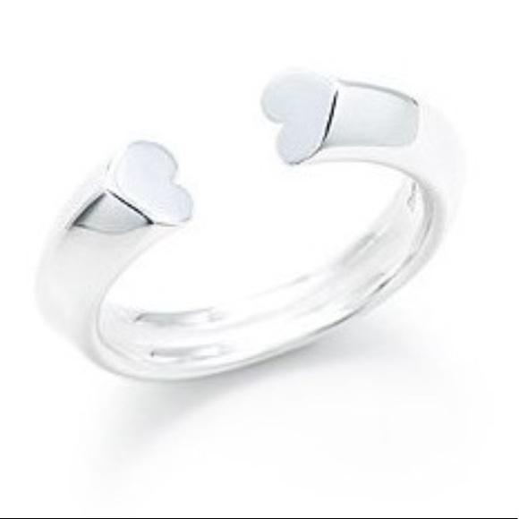 cf5101639 Tiffany & Co Paloma Picasso Tenderness Heart Ring.  M_5a6e0f6d61ca109a05e8dd37